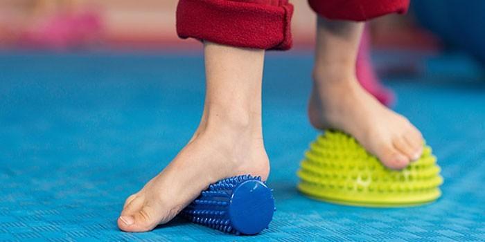 Лфк при плоскостопии у детей упражнения видео